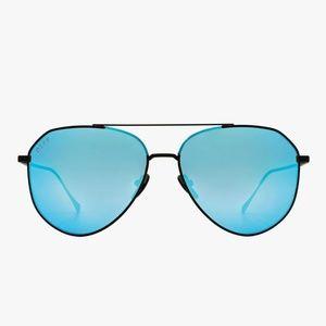 NWT Diff Blue Reflective Aviator Dash Sunglasses